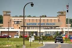 xx-baysideprison